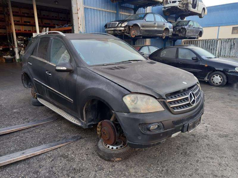 BOMBA DE DIRECCION HIDRAULICA MERCEDES ML (W164)